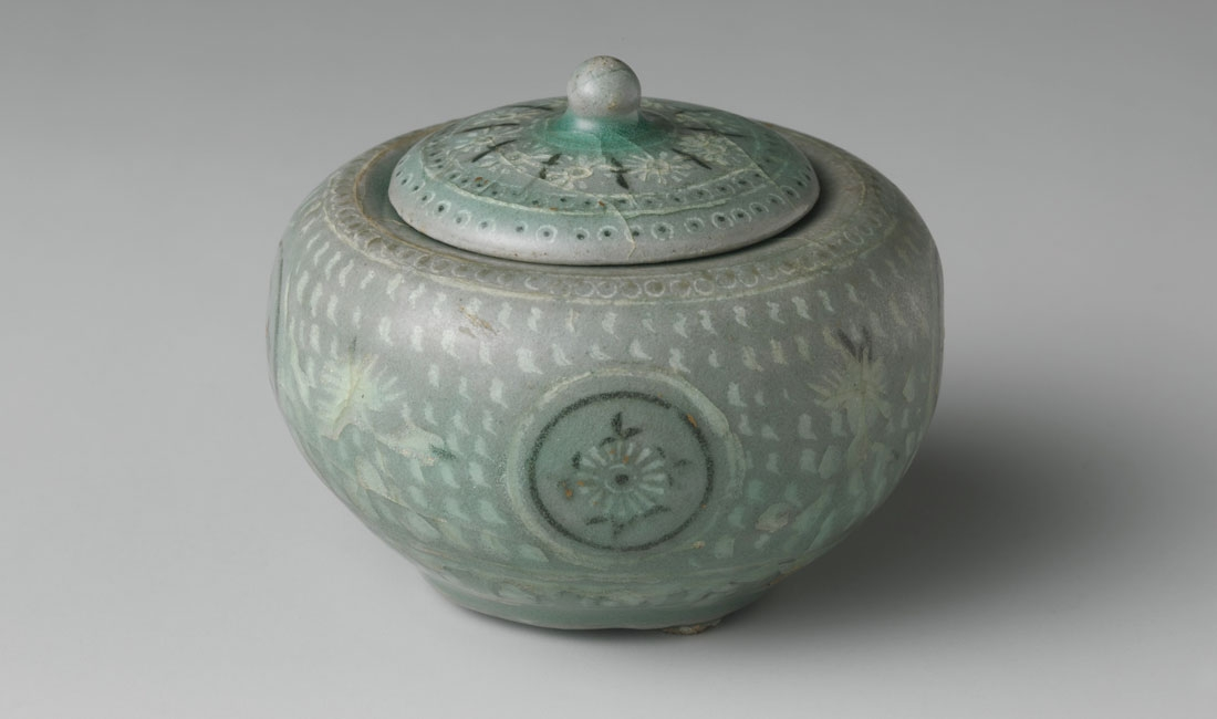 Korean Buncheong Ceramics